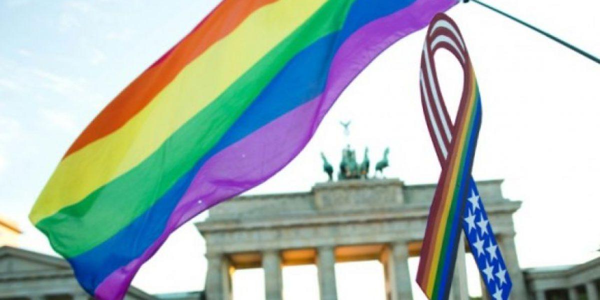Varios países europeos celebran marcha del Orgullo Gay en homenaje a víctimas de Orlando