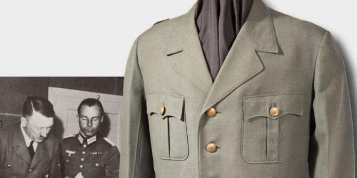 Chaqueta militar de Hitler es subastada en 275.000 euros