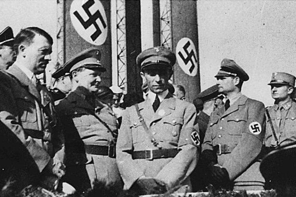 El equipo de Hitler en un evento nazi. Foto:AFP. Imagen Por: