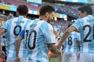 Argentina venció con comodidad a Venezuela y su victoria por 4 a 1 le permitió avanzar a las semifinales Foto:Getty Images. Imagen Por: