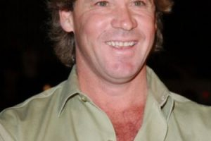 Steve Irwin, como todo el mundo sabe, murió por un coletazo de una raya en su corazón. Foto:vía Getty Images. Imagen Por: