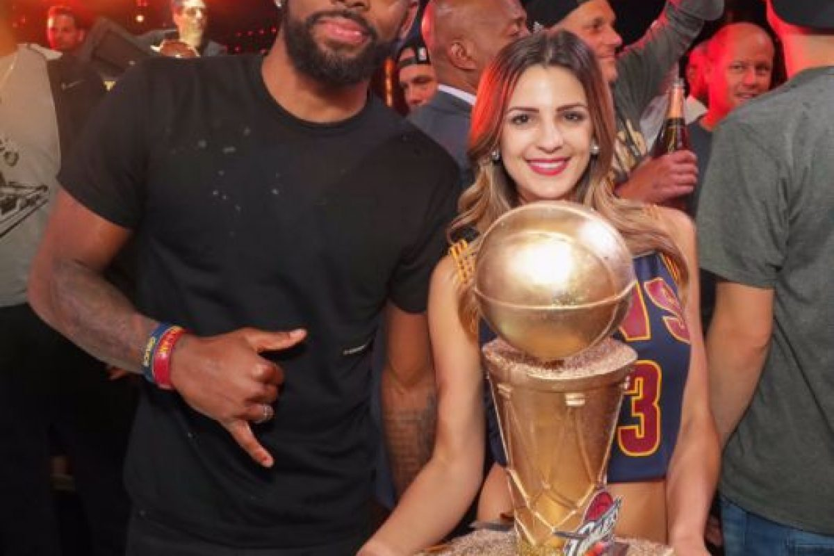 Además de los festejos en el estadio de Golden State Warriors, los jugadores de Cleveland Cavaliers se trasladaron hasta Las Vegas para tener una fiesta en el club nocturno XS Foto:Twitter XS Las Vegas. Imagen Por: