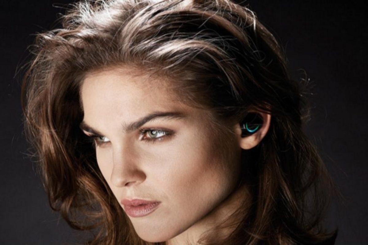 Se ajustan perfectamente al oído. Foto:Bragi. Imagen Por: