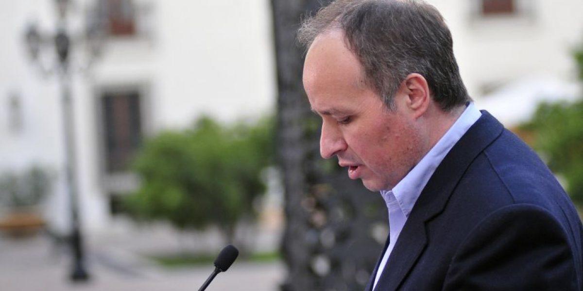 CDE oficia a Fiscalía para solicitar antecedentes sobre ex ministro Insunza