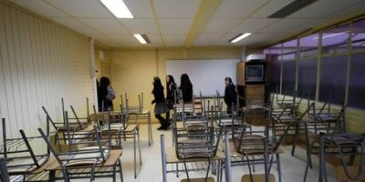 Tomas de liceos: profesores y estudiantes piden ser incluídos ante eventual extensión de año escolar