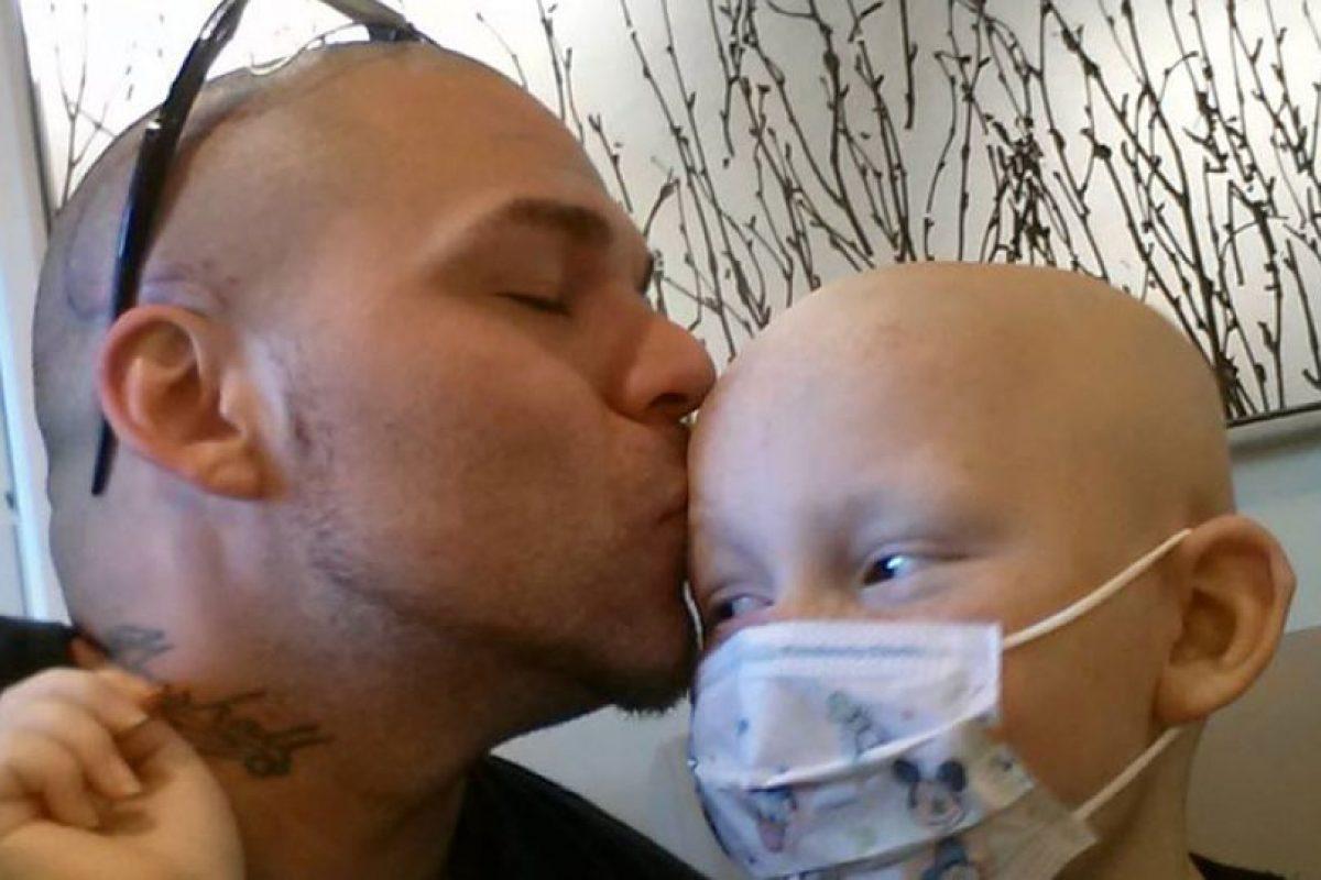 Fue diagnosticado con astrocitoma anaplástico, un tumor cerebral poco frecuente Foto:Facebook: Josh J-Mash Marshall. Imagen Por: