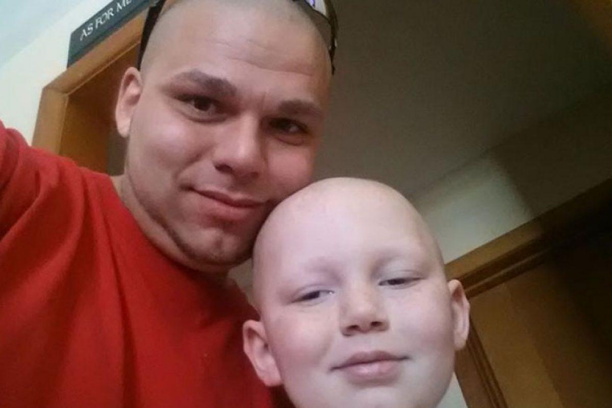 Gabriel aún tiene algo del tumor, pero su estado de salud es estable Foto:Facebook: Josh J-Mash Marshall. Imagen Por: