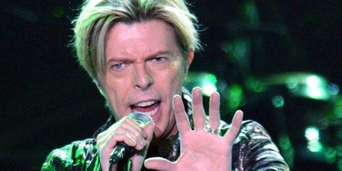 Subastarán un mechón de pelo de David Bowie