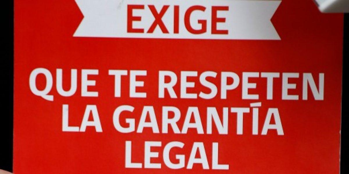 Sernac denuncia a 36 locales comerciales por no cumplir con garantía legal