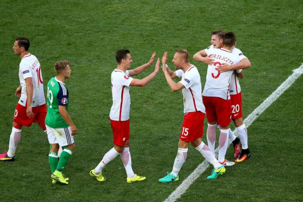 Por eso, esperan cumplir su labor ante Ucrania y esperar un milagro de Irlanda del Norte ante Alemania para avanzar primeros Foto:Getty Images. Imagen Por: