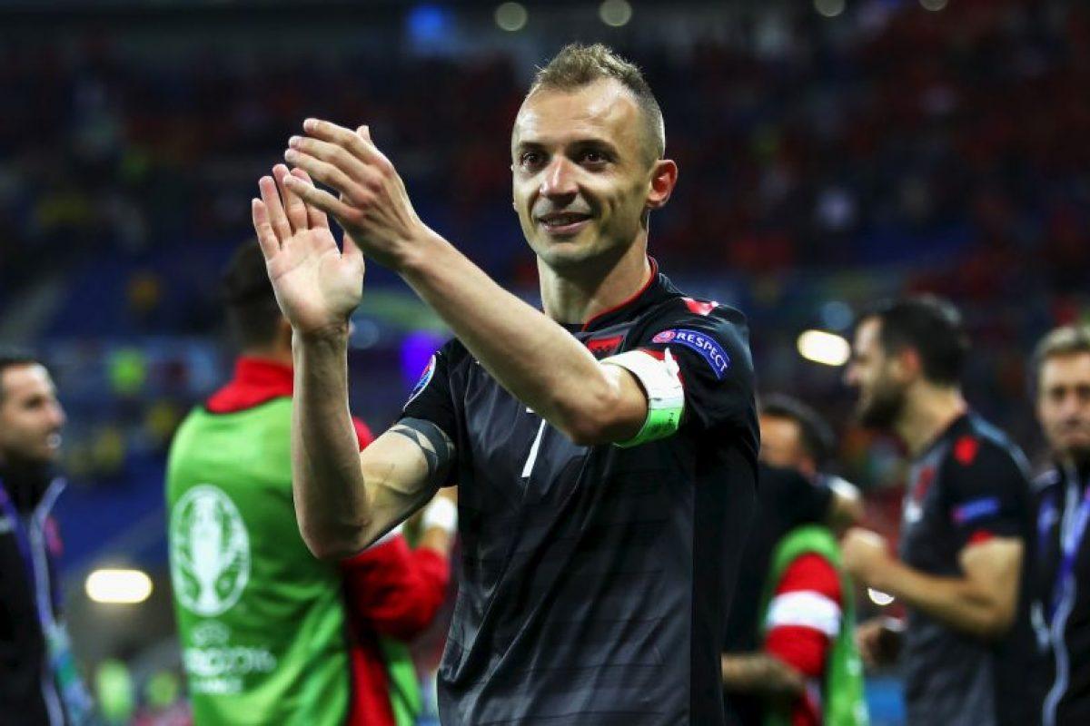 Albania debutaba en una Eurocopa en Francia y consiguió su primera victoria tras vencer a Rumania Foto:Getty Images. Imagen Por: