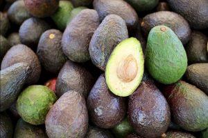 Los ladrones invaden los cultivos y arrancan la fruta para consumirlos o revenderlos. Foto:Pixabay. Imagen Por: