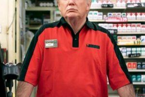 """""""Es tan pobre que está trabajando en un 7-11"""" Foto:Twitter.com. Imagen Por:"""