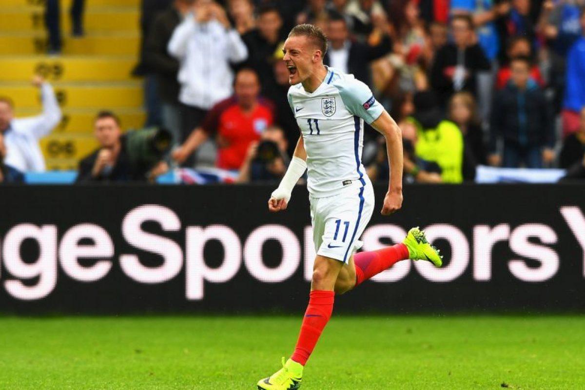 Inglaterra fue sorprendida en el Grupo B y salió segundo, siendo superado por Gales Foto:Getty Images. Imagen Por: