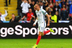 Inglaterra fue sorprendida en el Grupo B y salió segundo, siendo superado por Gales. Foto:Getty Images. Imagen Por: