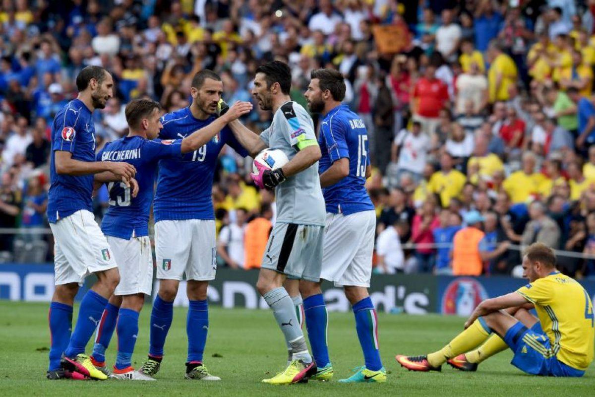 Los italianos esperaban encontrarse con una selección menor al tener que enfrentar al segundo del Grupo D Foto:Getty Images. Imagen Por: