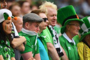 Ellos son los hinchas irlandeses más coloridos de la Euro 2016 Foto:Getty Images. Imagen Por: