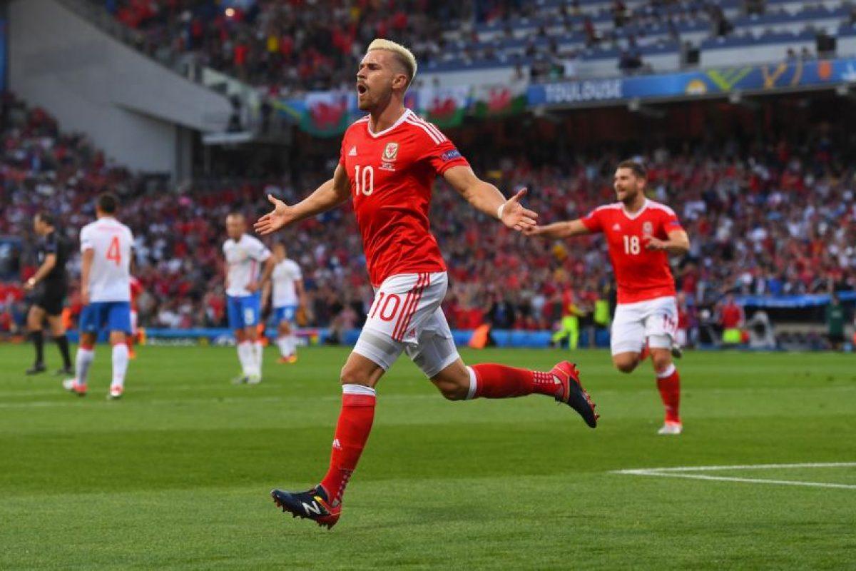 Gales fue otra de las sorpresas y en su debut avanzó como ganador del Grupo B Foto:Getty Images. Imagen Por: