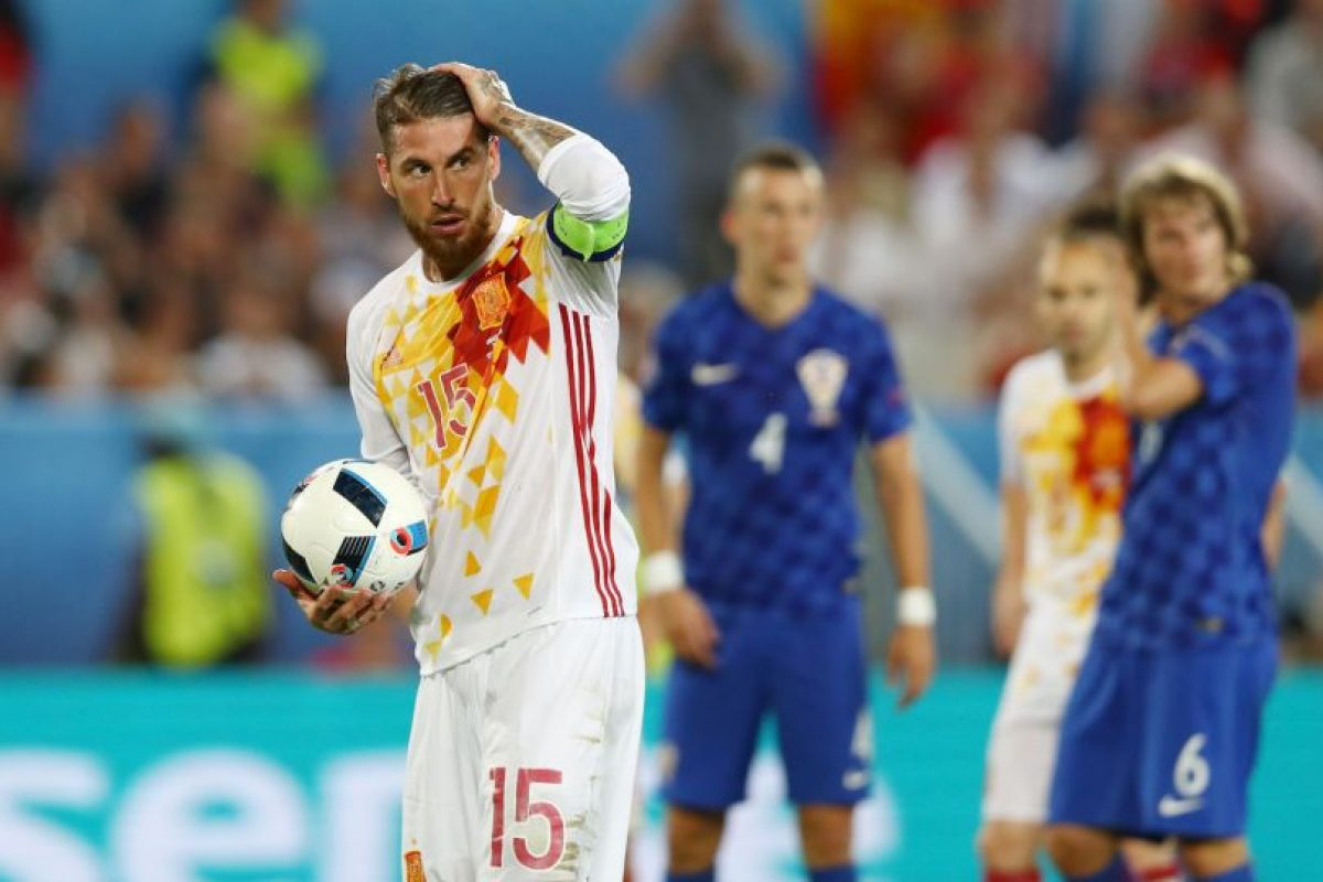 Sin embargo, España perdió con Croacia en la última fecha y se topará con los italianos Foto:Getty Images. Imagen Por: