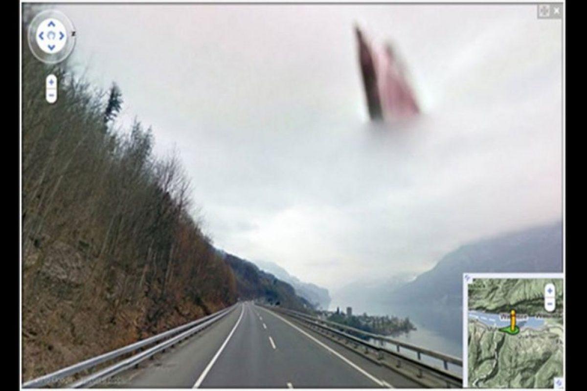 Imágenes misteriosas han aparecido en la plataforma de Google Street View sin que tengan una explicación clara. Foto:Reproducción Google Street View. Imagen Por: