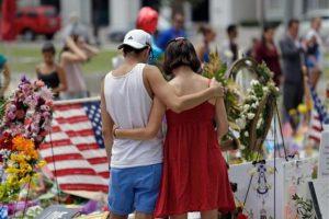 """A lo que el presidente Barack Obama respondió """"los tiroteos masivos no se solucionan con minutos de silencio"""" Foto:AP. Imagen Por:"""
