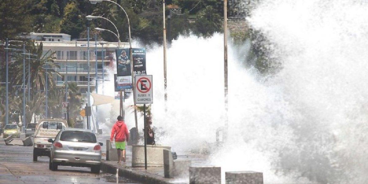 Armada anuncia violentas marejadas en el litoral central el fin de semana largo