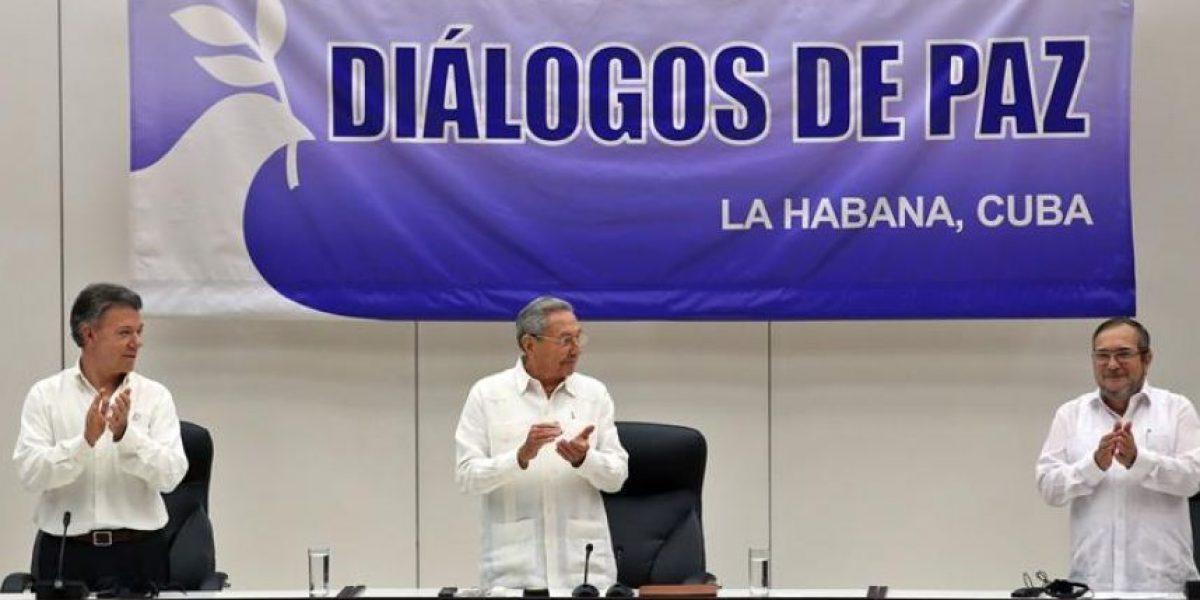 Colombia y las Farc firman el cese al fuego definitivo en La Habana