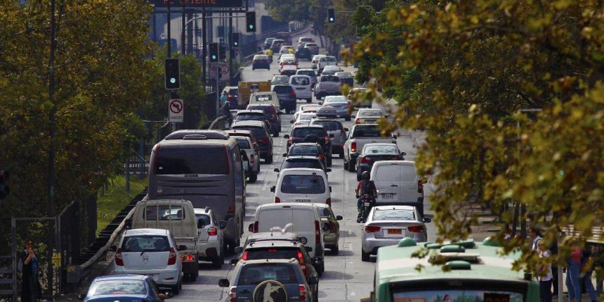 Anuncian plan de contigencia por fin de semana largo: 313 mil vehículos saldrán de Santiago
