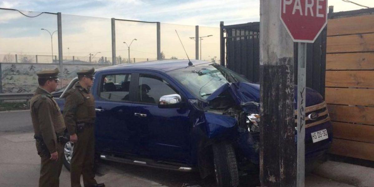 Poste frenó escape de menores que protagonizaron portonazo en Puente Alto