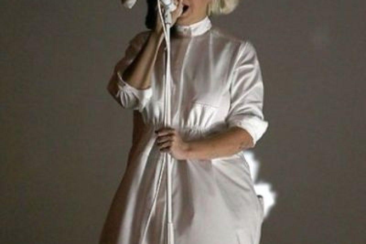 Sia durante sus presentaciones Foto:Getty Images. Imagen Por: