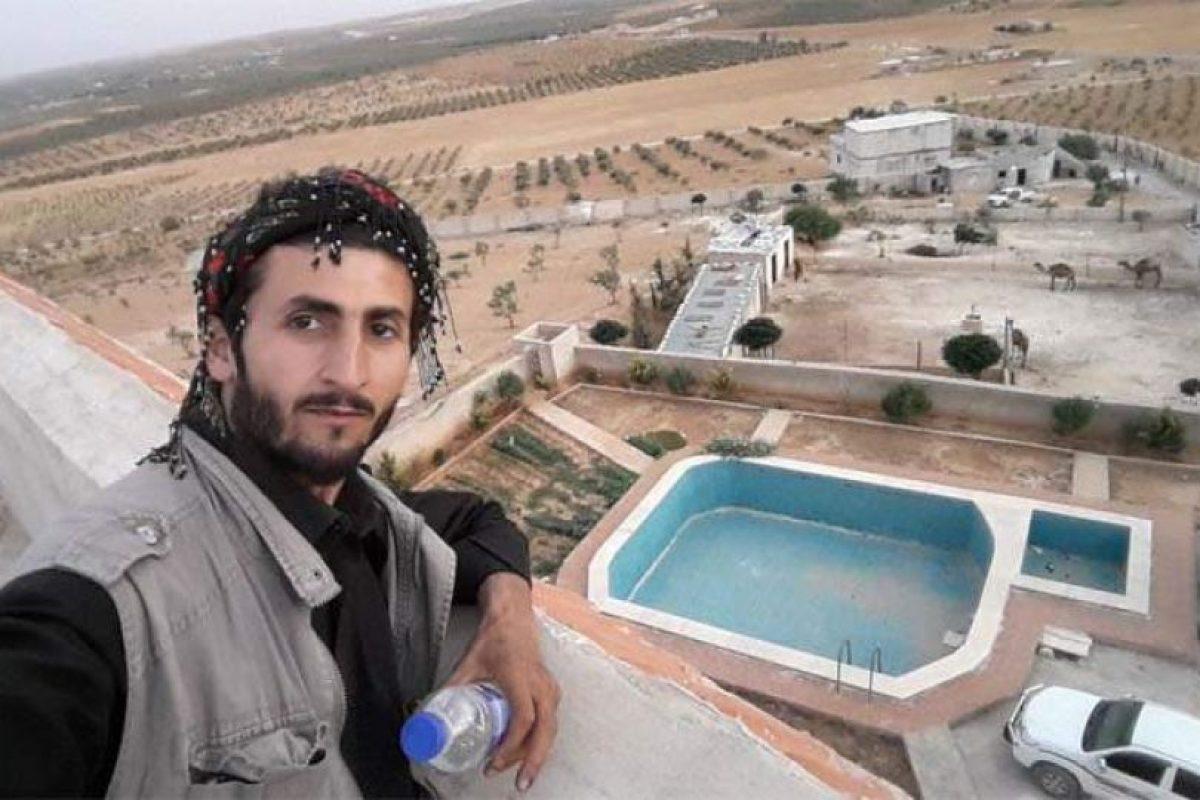 La lujosa casa de Abu Bark Al-Baghdadi, fundador de Estado Islámico Foto:Twitter.com/SerdarMahmud. Imagen Por: