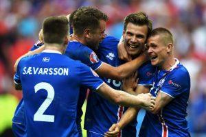 Islandia clasificó a octavos de final en su debut en la Eurocopa Foto:Getty Images. Imagen Por: