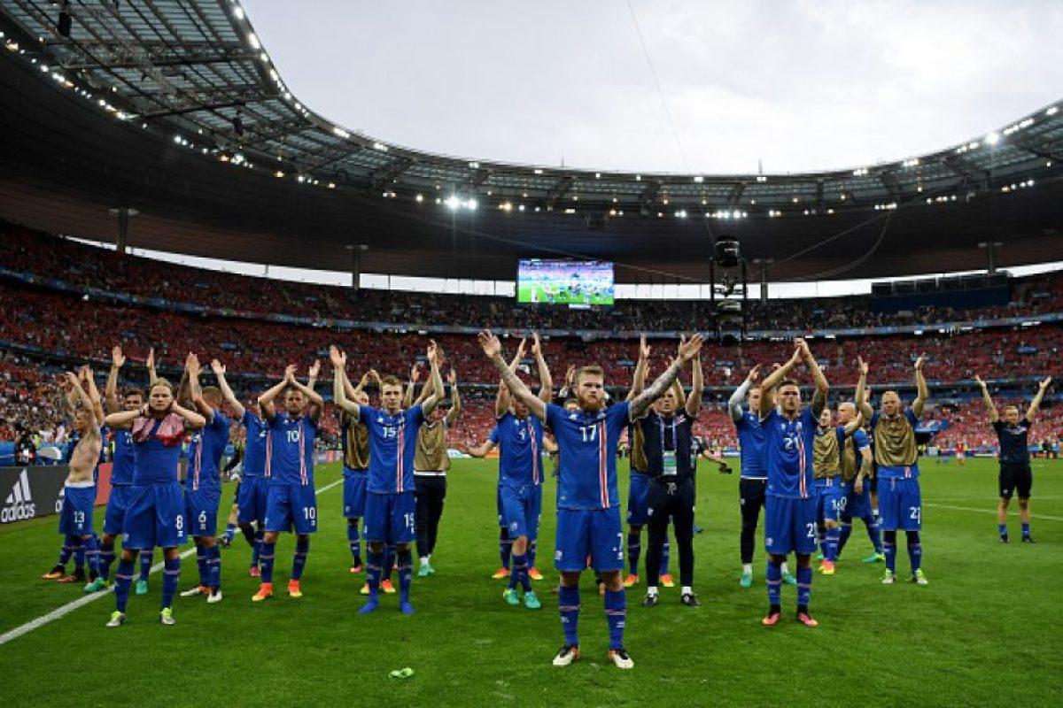 Un relator islandés enloqueció con la clasificación y el tanto final Foto:Getty Images. Imagen Por: