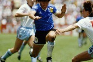 Víctor Hugo Morales se hizo conocido por su relato y rebautizó a Maradona como barrilete cósmico Foto:Getty Images. Imagen Por: