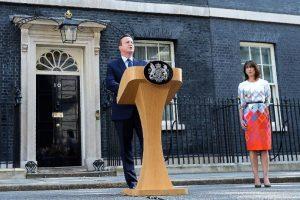 El primer ministro de Reino Unido, David Cameron, presentó su renuncia unas horas después de conocerse el resultado Foto:AFP. Imagen Por: