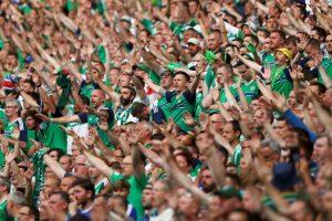 Ante Alemania se volvieron a lucir con el cántico de moda de la Eurocopa: 'Will Grigg is on fire' Foto:Getty Images. Imagen Por: