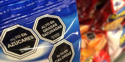 Advierten conflicto entre pymes y supermercados por ley de etiquetado
