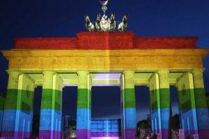 """Más que el """"orgullo"""" como tal, la comunidad gay pelea por la dignidad de cada uno de sus integrantes. Foto:Getty Images. Imagen Por:"""