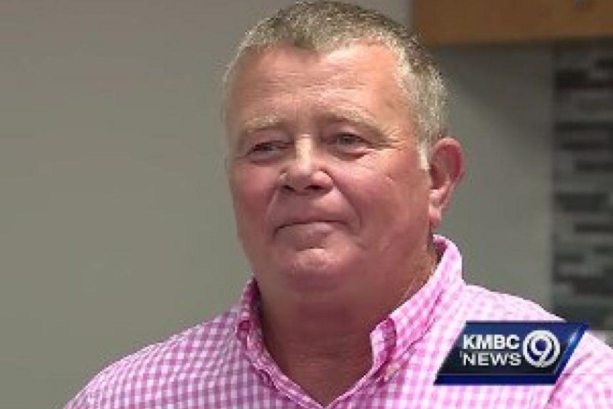 Mark Hill, el millonario que construyó la estación de bomberos Foto:KMBC. Imagen Por: