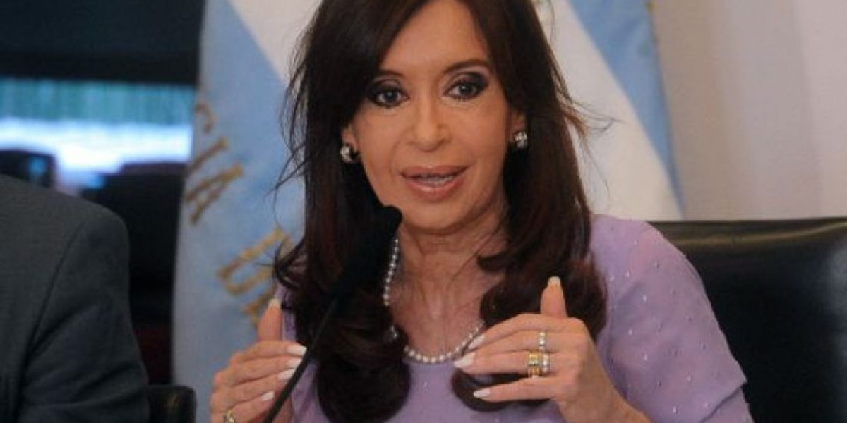 Argentina: Juez ordena levantar secreto sobre información fiscal de la familia Kirchner
