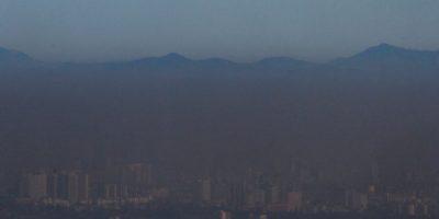 Orrego propone prohibir leña y uso de calefactores para descontaminar Santiago