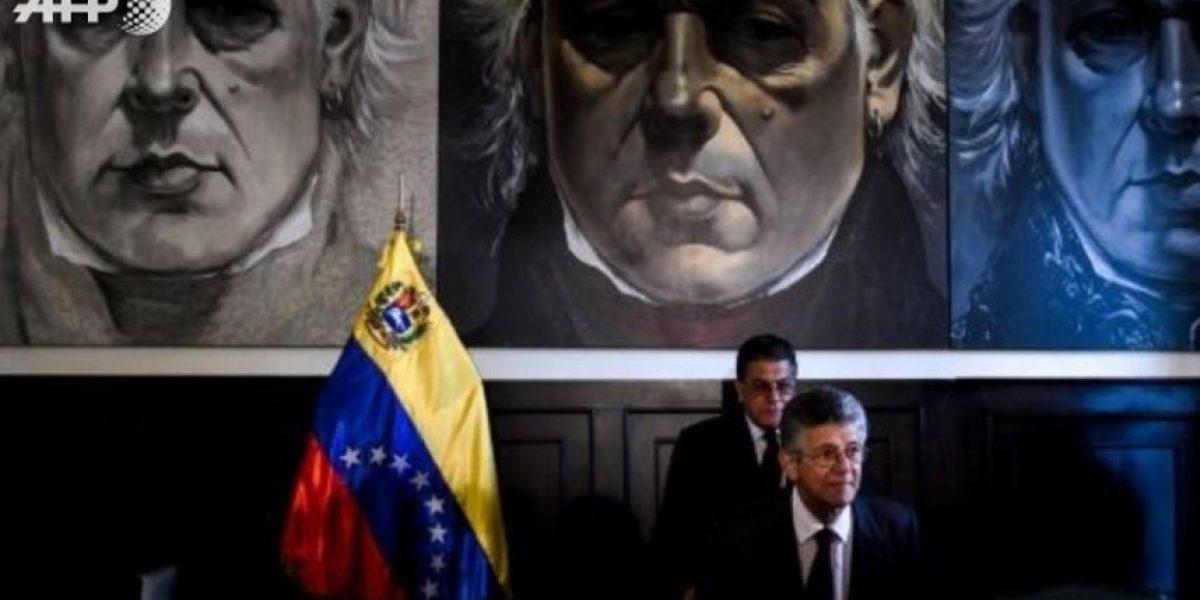 El chavismo planea pedir la disolución del Parlamento opositor en Venezuela