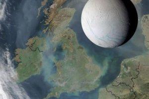 Juego visual que sirve para ilustrar el tamaño de Encélado frente a dimensiones de la Tierra Foto:Nasa. Imagen Por: