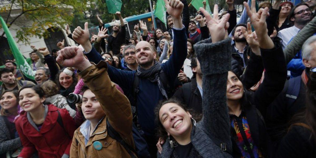 Servel oficializa a Revolución Democrática como partido político en cuatro regiones