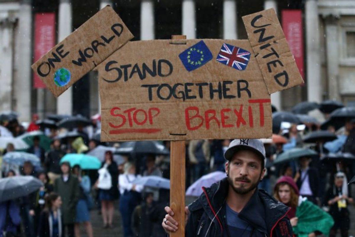 Miles de personas se manifestaron en Londres este martes contra el Brexit Foto:AFP. Imagen Por: