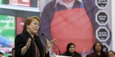"""Bachelet por ley de etiquetados: """"Es una política pública histórica para nuestro país e inédita en el mundo"""""""