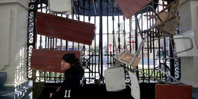 Dos colegios de la Región Metropolitana adelantarán sus vacaciones por las tomas