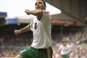 Hristo Stoichkov cierra nuestro listado con el único tanto de Bulgaria ante Rumania por la fase de grupos de la Eurocopa 1996 Foto:Getty Images. Imagen Por: