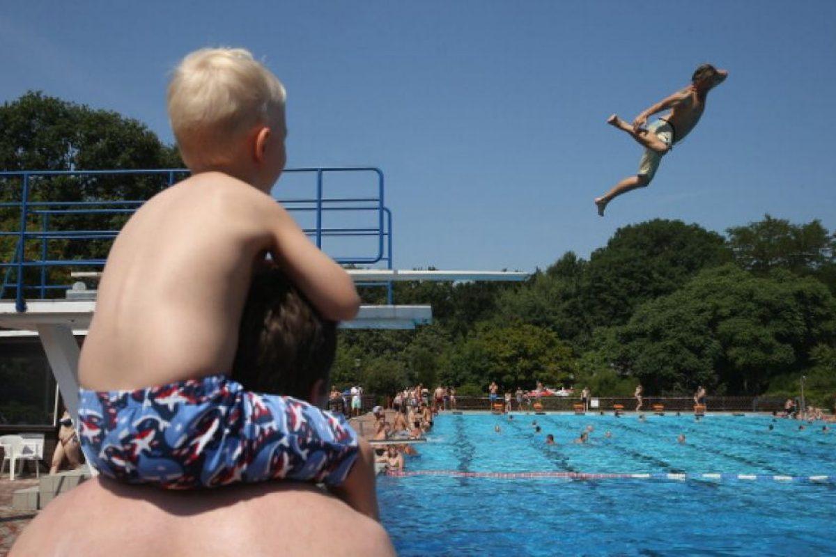 1. Siempre hacerlo en compañía de un adulto Foto:Getty Images. Imagen Por: