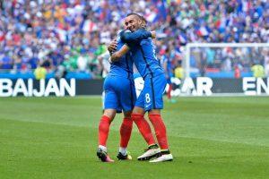 Francia venció por 2 a 1 a Irlanda y avanzó a cuartos, donde espera seguir su camino a la final para dejar la copa en casa Foto:Getty Images. Imagen Por: